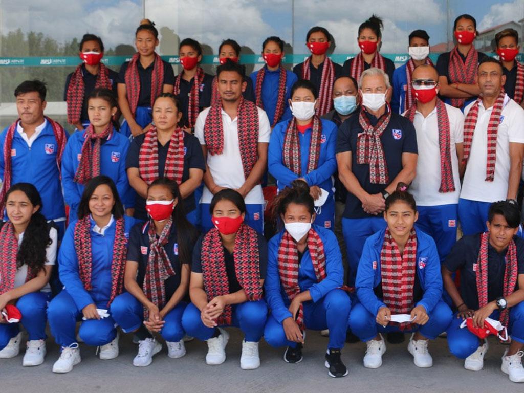 नेपाली महिला फुटबल टोली स्वदेश फिर्ता